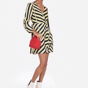 NWT Striped V-Neck Elastic Waist Mini Dress